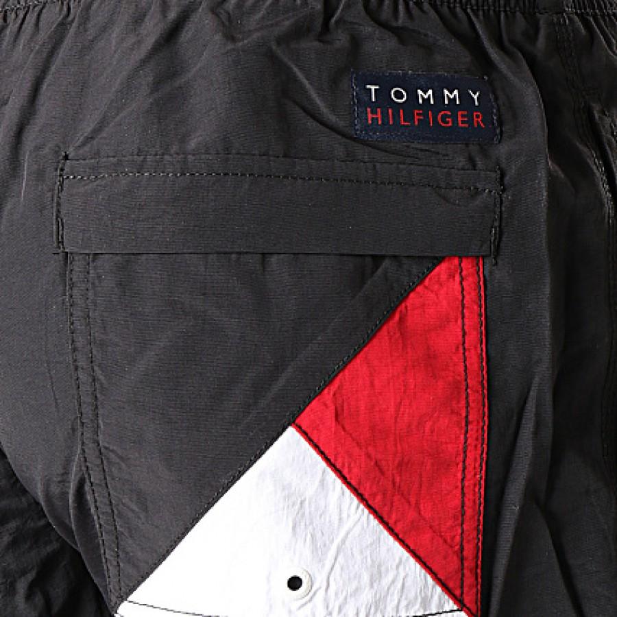 Ανδρικό Μαγιό Σορτς Tommy Hilfiger -  UM0UM01080-095 - Μαύρο